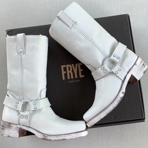 FRYE NEW HARNESS 12R USA White Boots